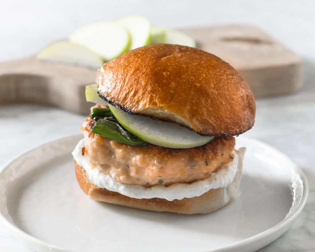 Salmon Burgers with Horseradish Cream, Green Onions and Green Apples