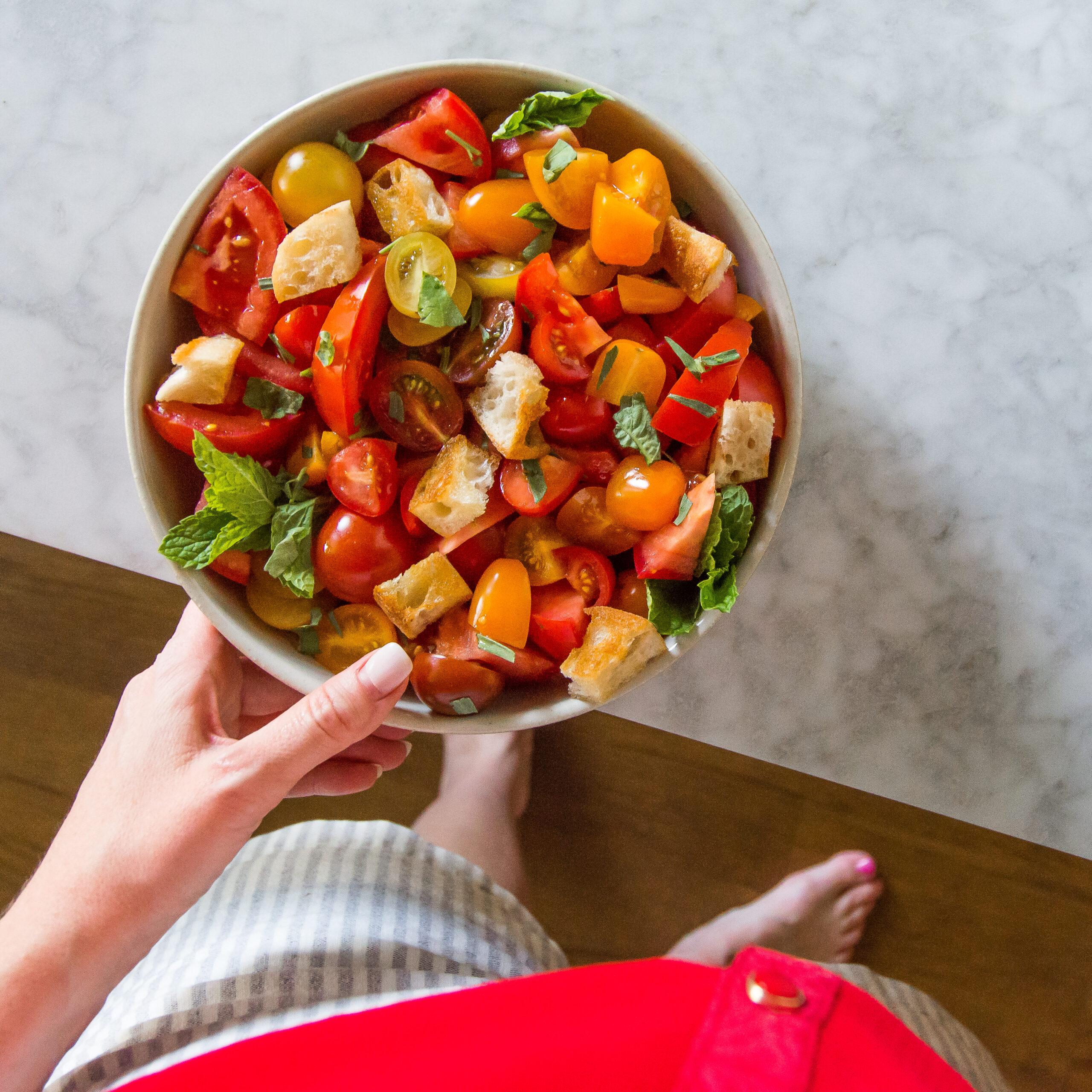 Tomato Story Cutting Tomato Herb Salad (1 of 1)