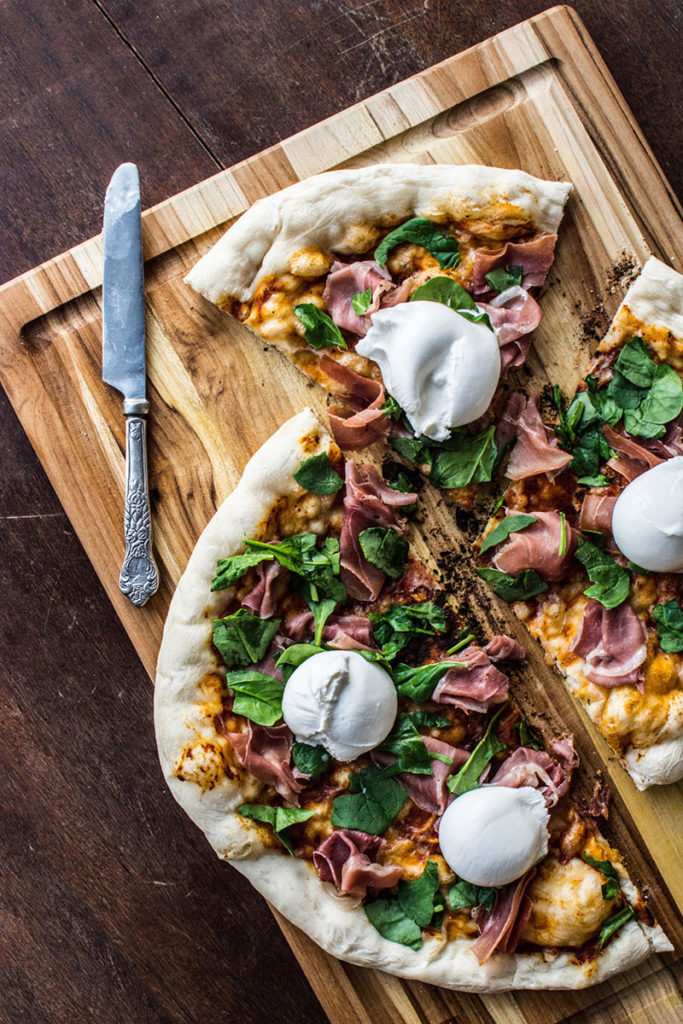 Grilled Prosciutto, Spinach and Burrata Pizza