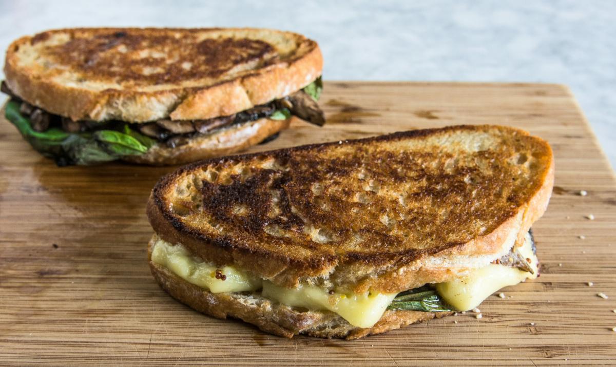 Grilled Brie Mushroom Sandwich 5 (1 of 1)