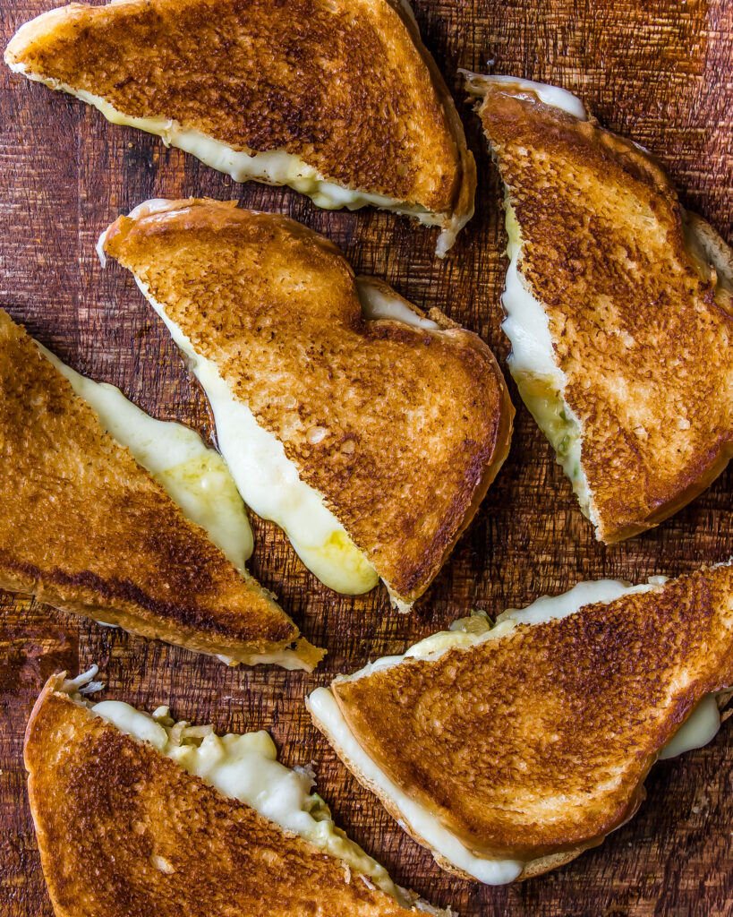 Grilled Cheese, Please